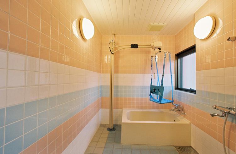 ユニット内の個浴室